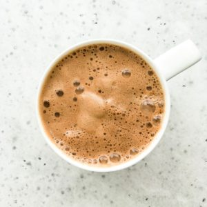 Easy Vegan Hot Chocolate | Living Well With Nic